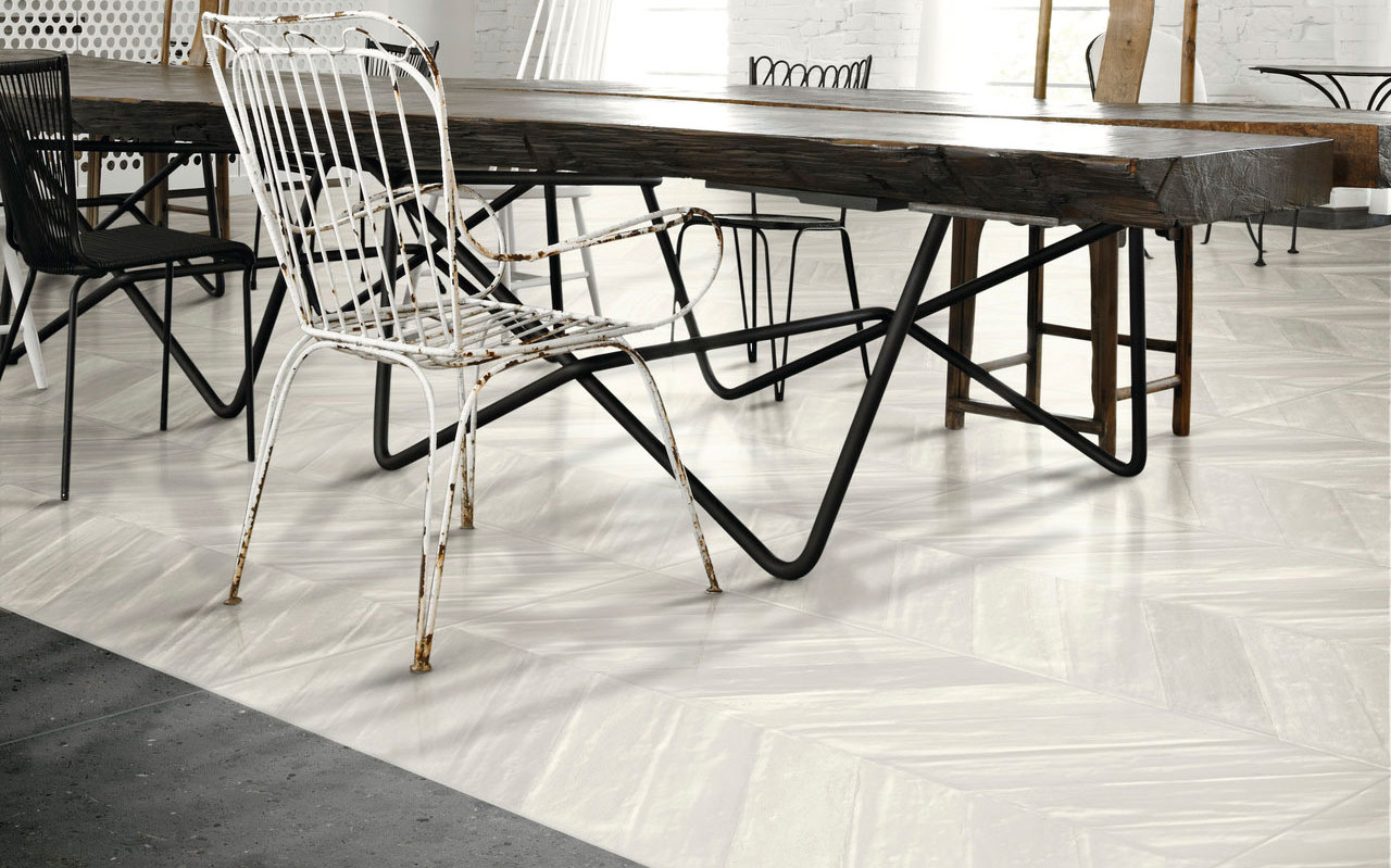 chevron maiolica white